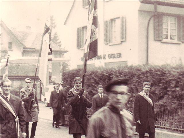1963 Fahnentraeger Empfang von SR Pr Danioth