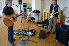 Claude und Guido on guitar and bass